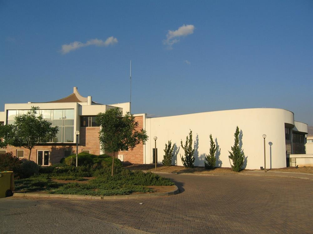 Clore Center for the Performing Arts, Kfar Blum (2000)